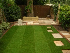 Lawn with square pattern