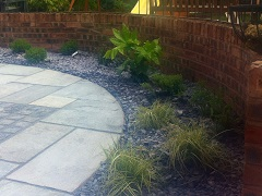 Border with patio